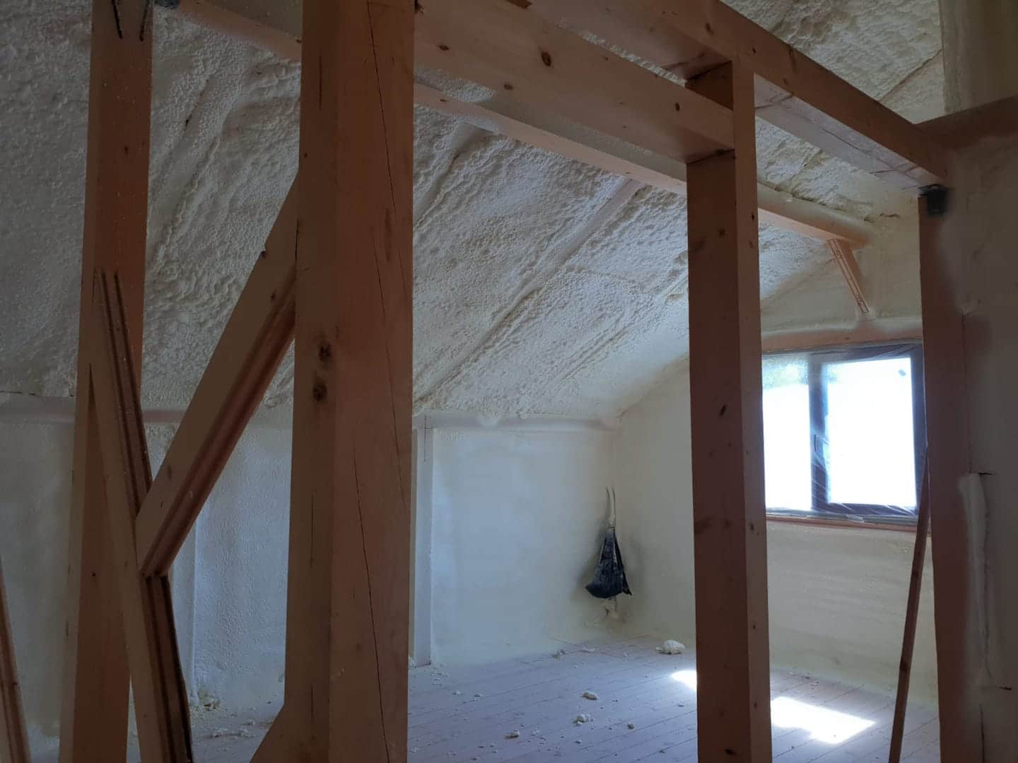 Installed Closed Cell Foam Insulation St Louis